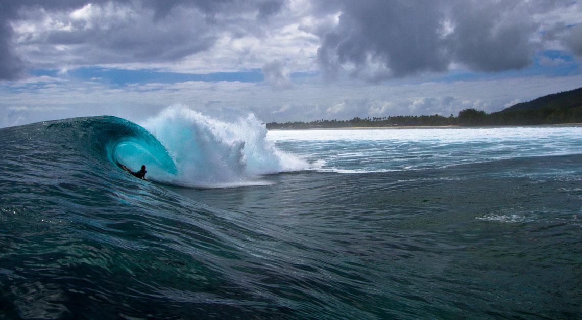 Jeremy Faulds. Raro, Ilhas Cook. ©Blake Parker