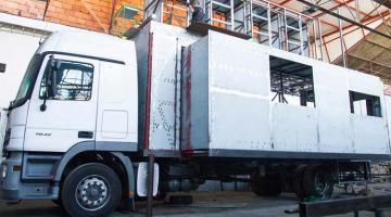 TruckSurf1